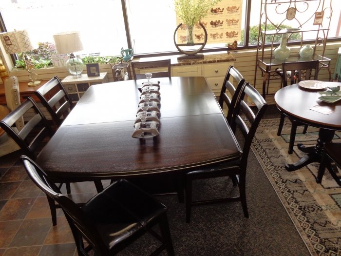 RIDGLEY SQUARE CENTER 7 PIECE DINING SET 54x54x72